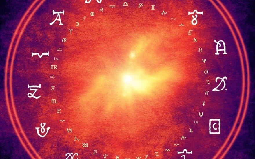 Astrologės Lolitos prognozė balandžio 7 d.: emocinga aktyvios veiklos diena