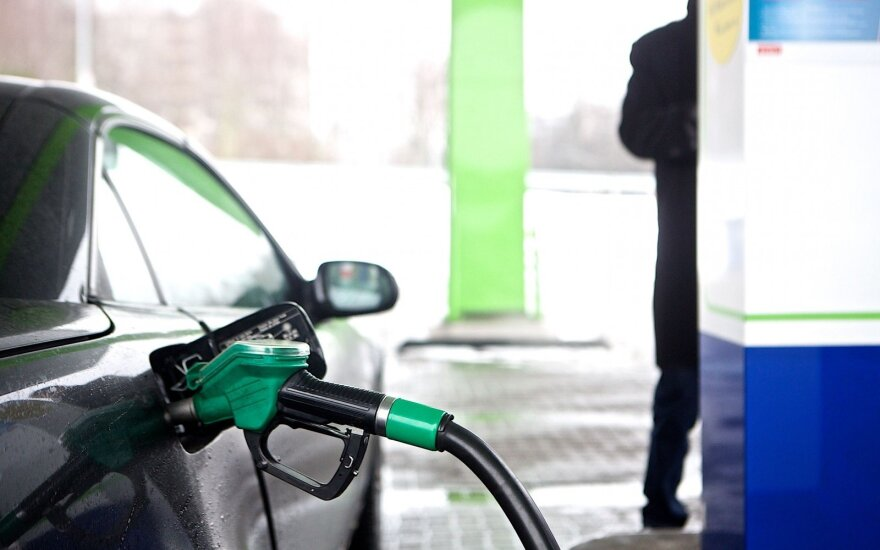 Lithuania's petrol prices starting to rise at pumps