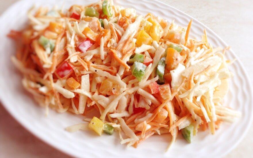 Baltagūžių kopūstų salotos