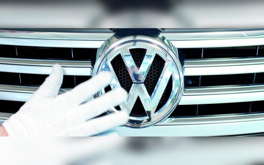 """Volkswagen"" rankose – jau beveik 90 proc. ""Scania"" akcijų"