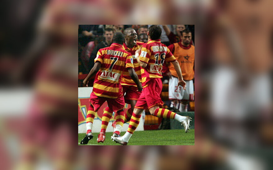 """""""Lens"""" futbolininkai"""
