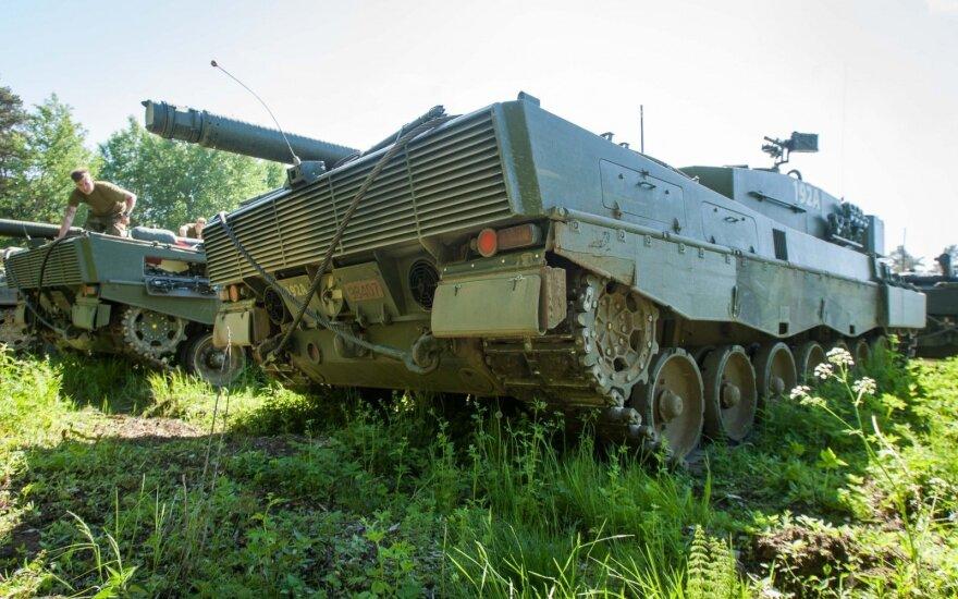 Dauguma Lenkijos gyventojų pritaria NATO kariškių dislokavimui šalies teritorijoje