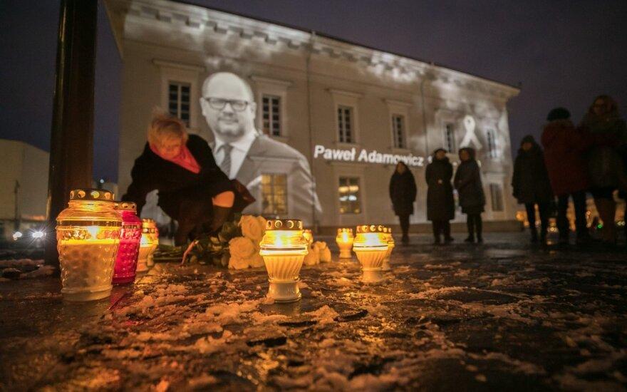 Vilnius gedi nužudyto Gdansko mero Pawelo Adamowicziaus
