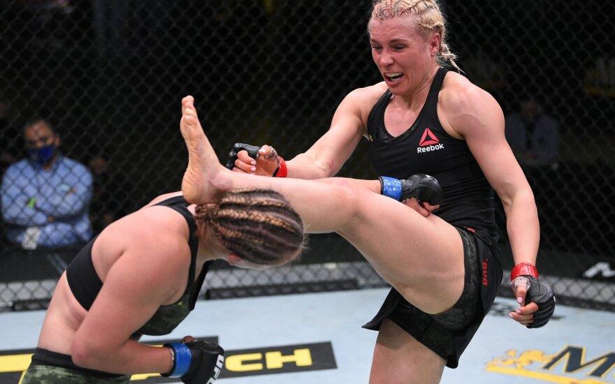 Smūgių krušą atlaikiusi Stoliarenko UFC narve pralaimėjo Rusijos kovotojai