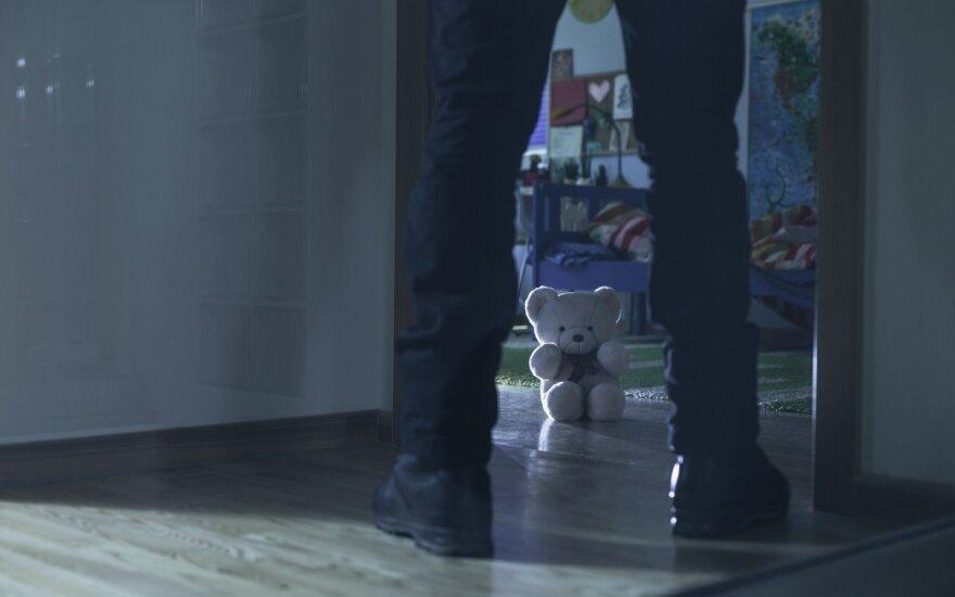 Dagys nebenori keisti smurto prieš vaiką sąvokos, bet nori griežtinti vaikų paėmimo tvarką