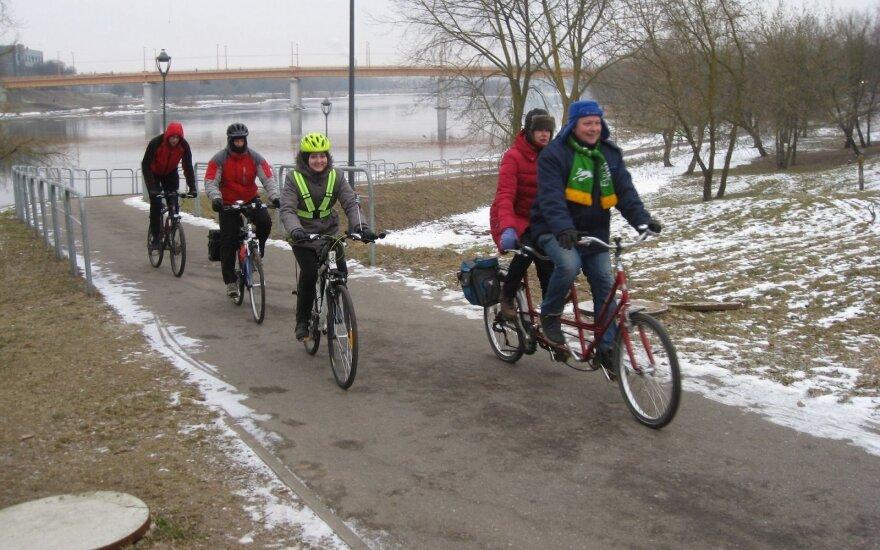 Vasario 16-oji: rekordinė dviratininkų iniciatyva Kaune