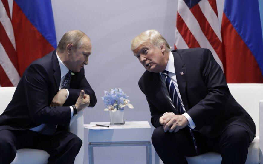Trumpo signalas Maskvai: JAV sveikinti Putino su pergale neketina
