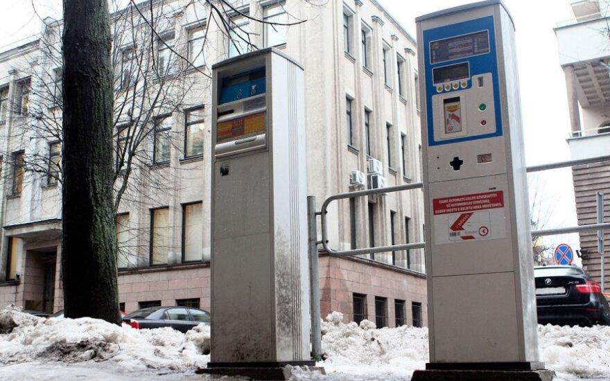 Šokiruojančios audito išvados išdavė, kas Kaune darėsi su automobilių statymu