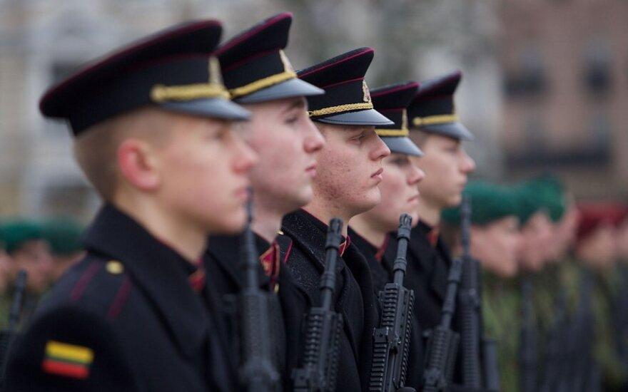 Lietuvos kariai saugo mus, bet ar suteikiame jiems galimybes gyventi orų gyvenimą?
