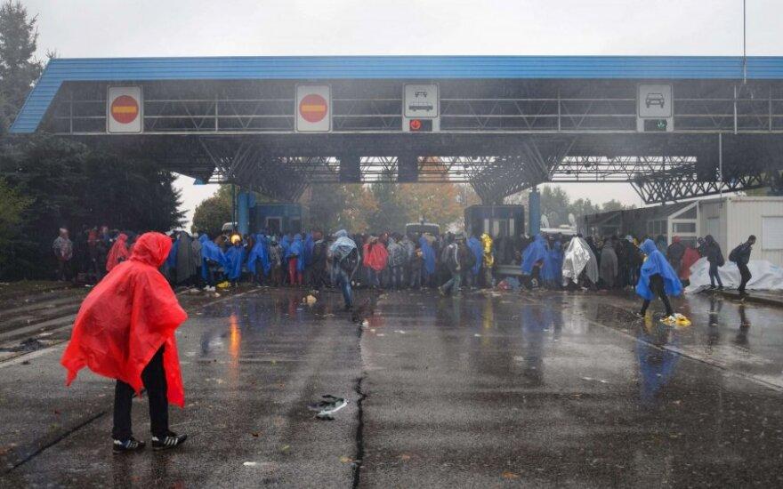 Lietuvos policininkai išvyko į Slovėniją padėti suvaldyti migrantų antplūdį