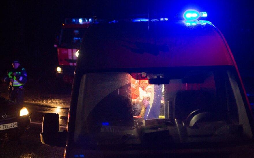 Šalčininkų rajone kaktomuša susidūrė du visureigiai, į ligoninę išvežti vaikai