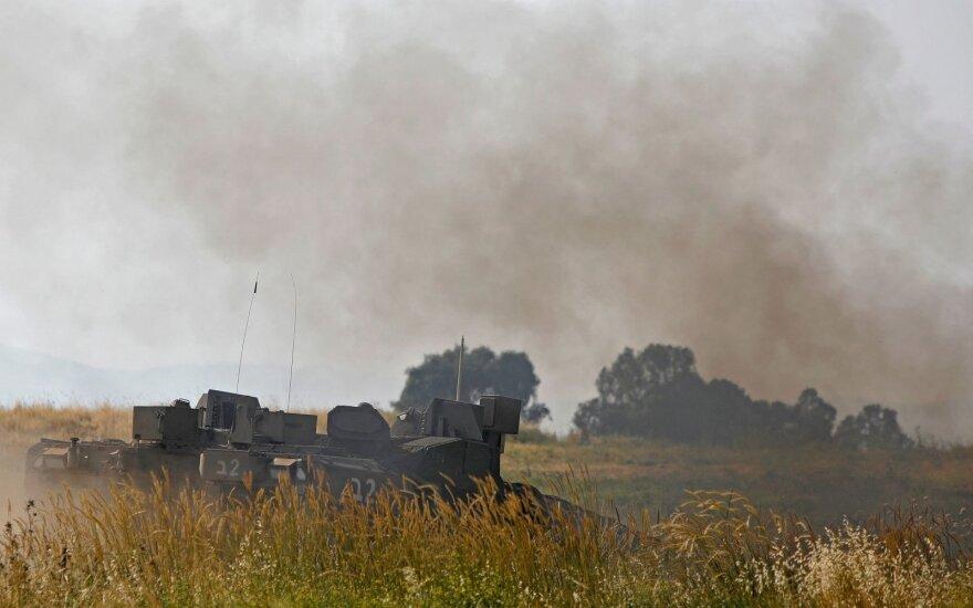 Izraelio aviacija surengė smūgių pietų Sirijoje