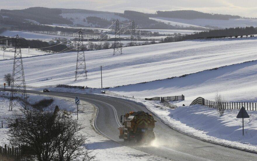 Anglijoje gyvenantys lietuviai gali gauti išmokas už žiemišką orą