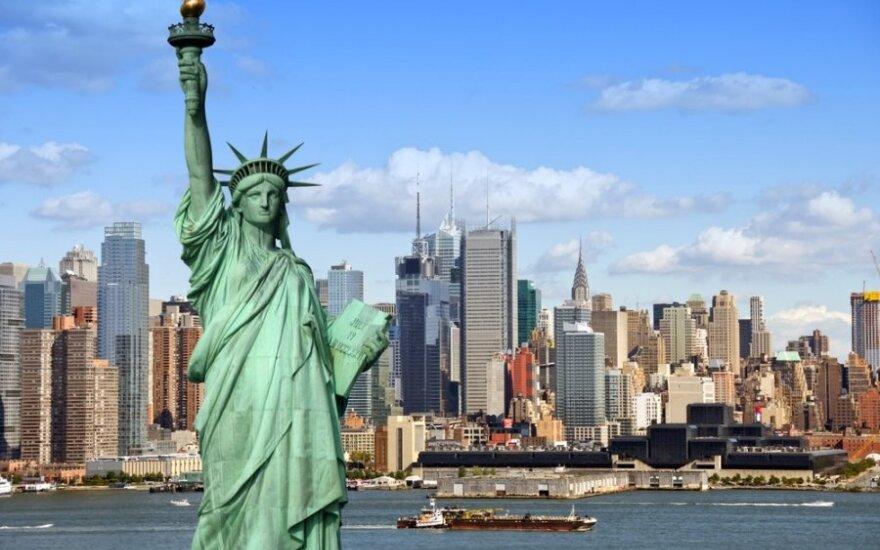 Amerikietiškoji svajonė: kiek lietuvių laimėjo žalią kortą