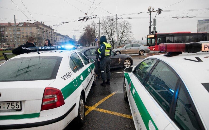 """Policija pasidalino gąsdinančia statistika: suskaičiavo tūkstančius """"taurelės mėgėjų"""""""