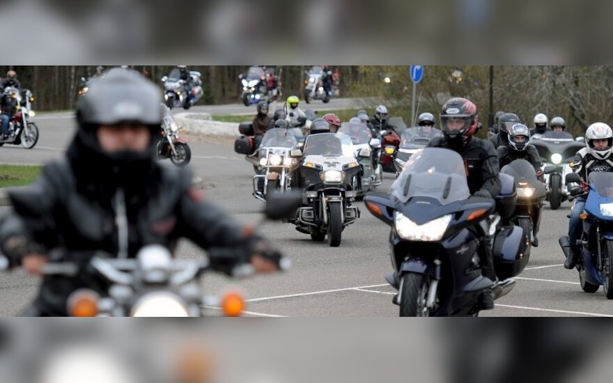 Lithuania refuses entry to another 4 Russian and Belarusian bikers
