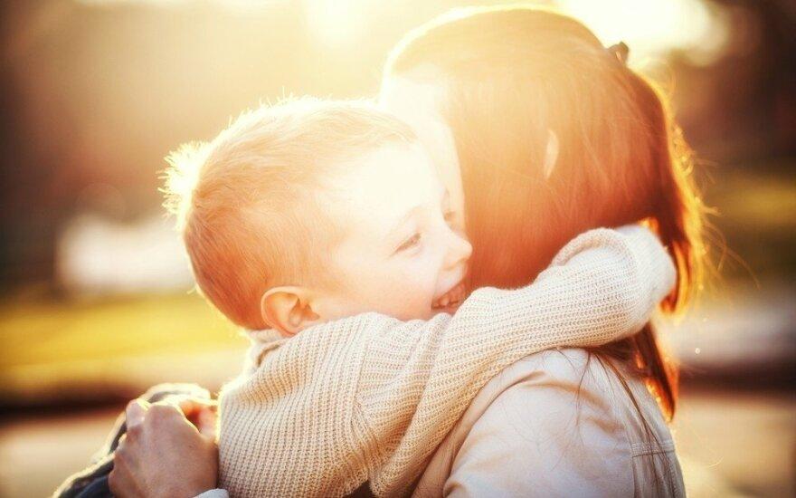 Lengvi žingsniai vaikų emociniam intelektui ugdyti