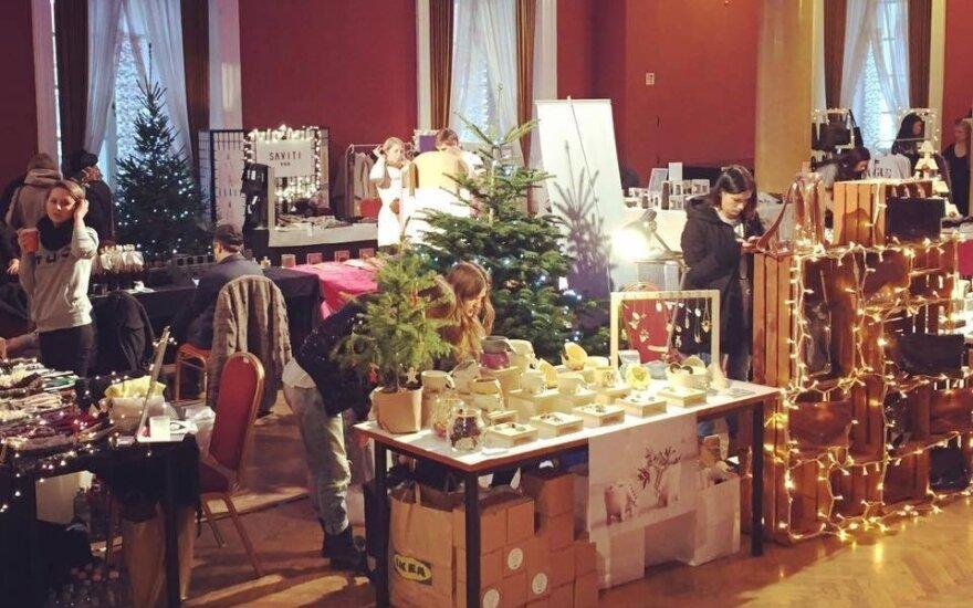 Kalėdines dovanas įsigyti kviečia vos už kelis eurus