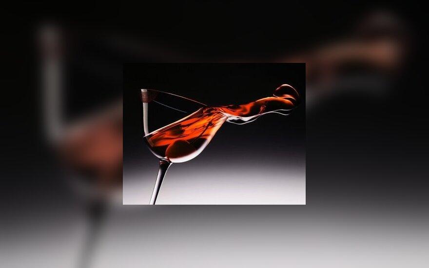 Mitai apie stipriuosius ir silpnuosius gėrimus