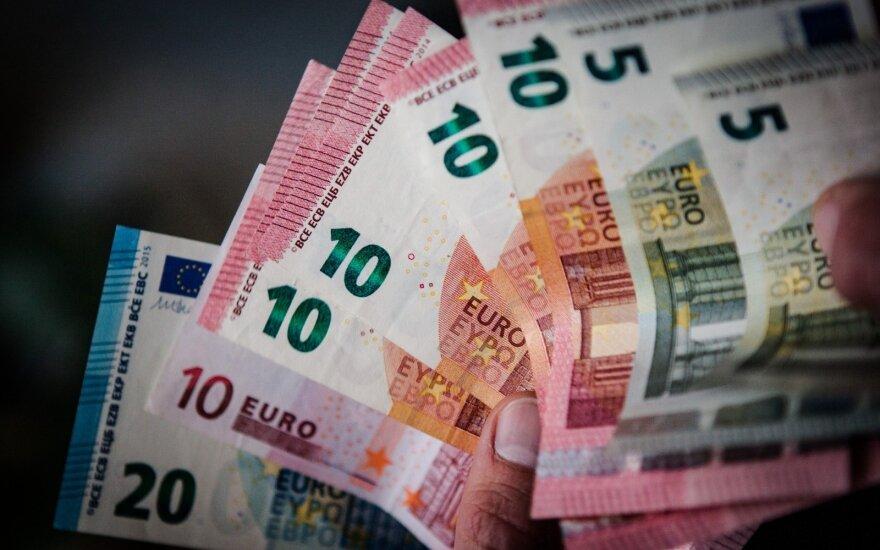 Prekybos mokestį vertins nepriklausomi ekspertai