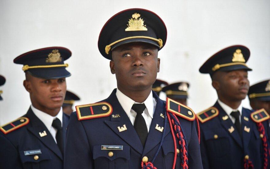 Haitis paskyrė atkuriamos kariuomenės vadus
