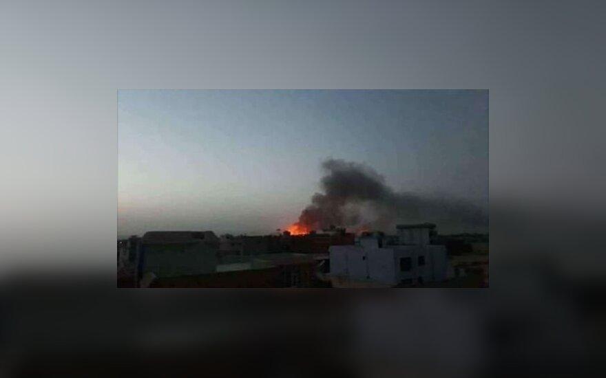 Kabule driokstelėjus galingam sprogimui baiminamasi aukų