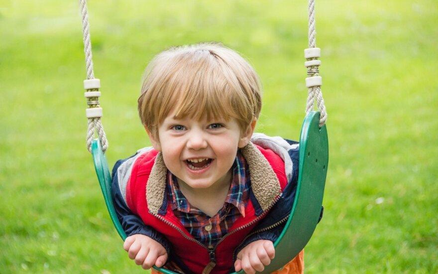 Kaip vaikus priversti išeiti į lauką? Idėjos aktyviam laisvalaikiui, kurios padės pamiršti kompiuterius