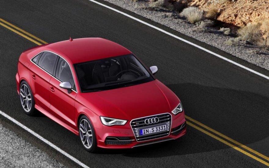 Audi S3 sedanas