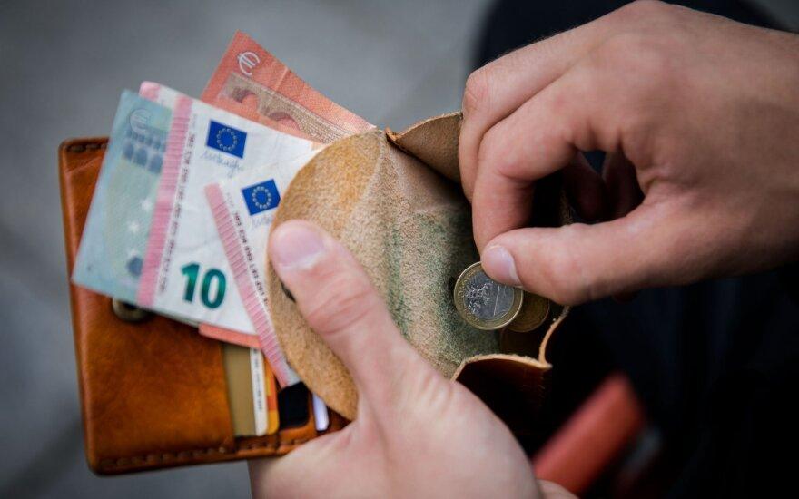 Pasiūlymas nepasiturintiems: pajamos priklausys nuo kainų augimo