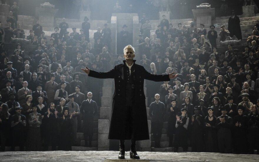"Johnny Depp filme ""Fantastiniai gyvūnai: Grindelvaldo piktadarystės"""