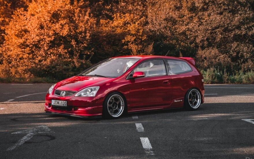 Japoniškų automobilių gerbėjai rinksis Trakuose