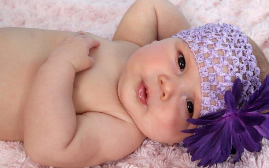Ką galvoja moterys, auginančios dirbtinius kūdikius-lėles