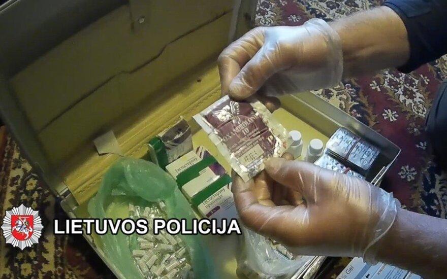 Pas žinomą sporto trenerį Vyšniauską Klaipėdos teisėsaugininkai rado daugybę dopingo