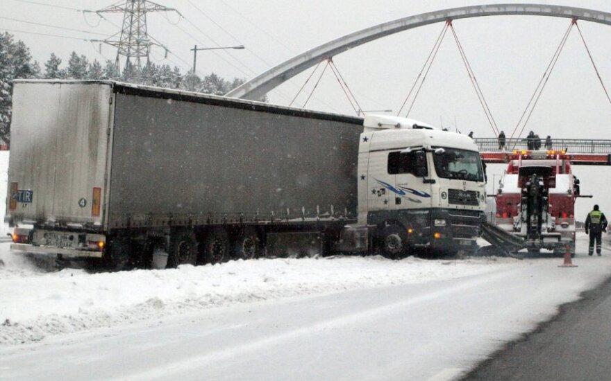 Kauno gatvės tapo iššūkiu vairuotojams