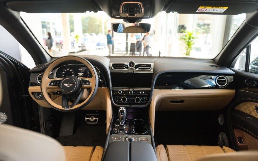 Brangiausių automobilių TOP 3: kokie modeliai bei kainos dominuoja Baltijos šalyse, Ukrainoje ir Baltarusijoje?