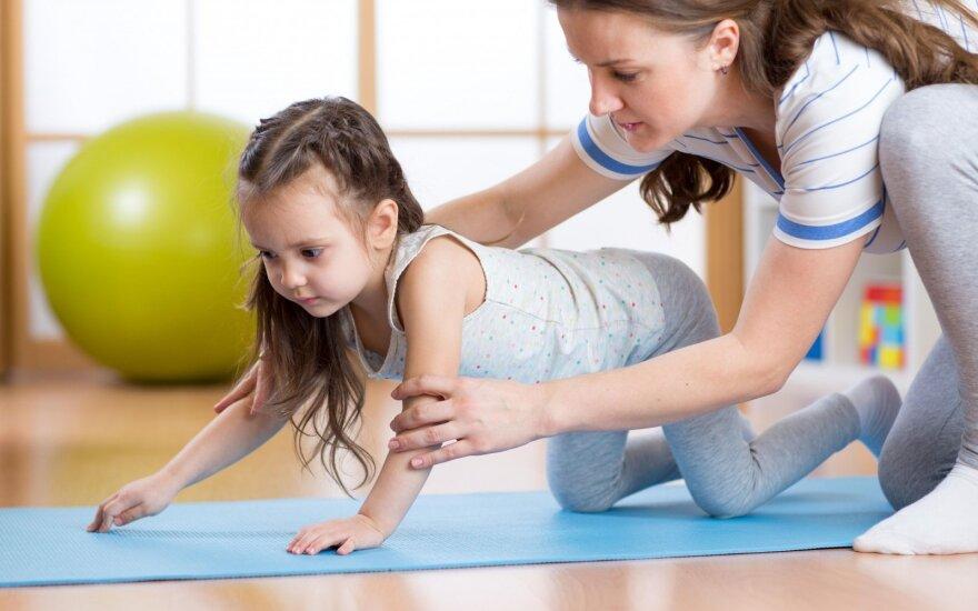Patarimai, kaip saugiai sportuoti kartu su mažyliais