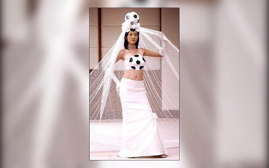 Futbolo čempionato vestuvinė suknelė