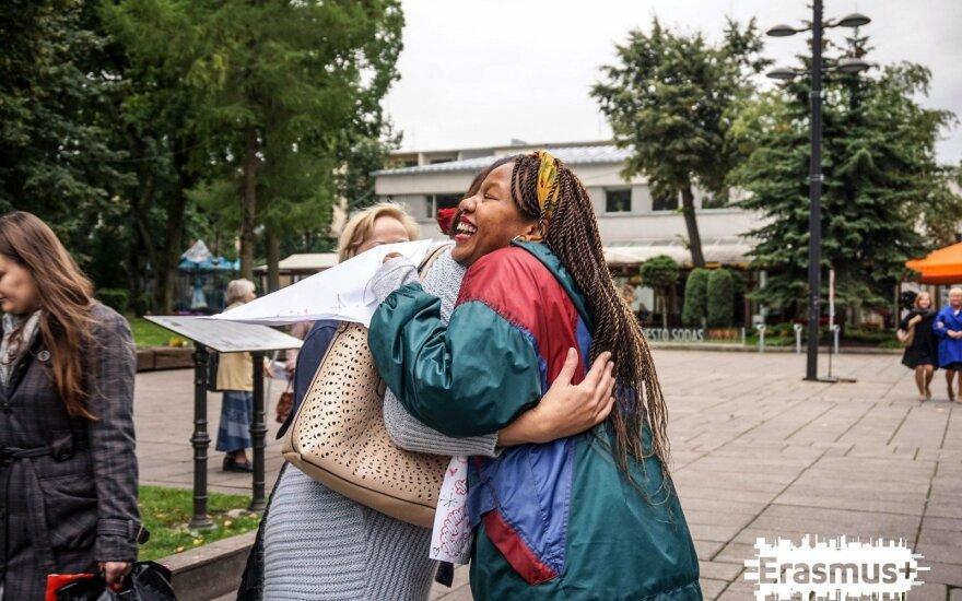 Džiaugsmu ir meile Kaune dalijosi tarptautinis jaunimas
