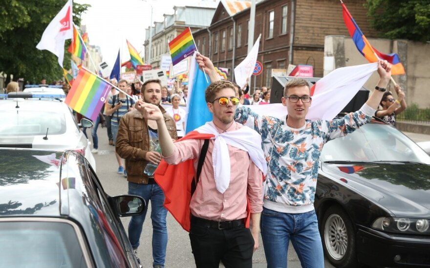 Riga hosts EuroPride march of 5,000