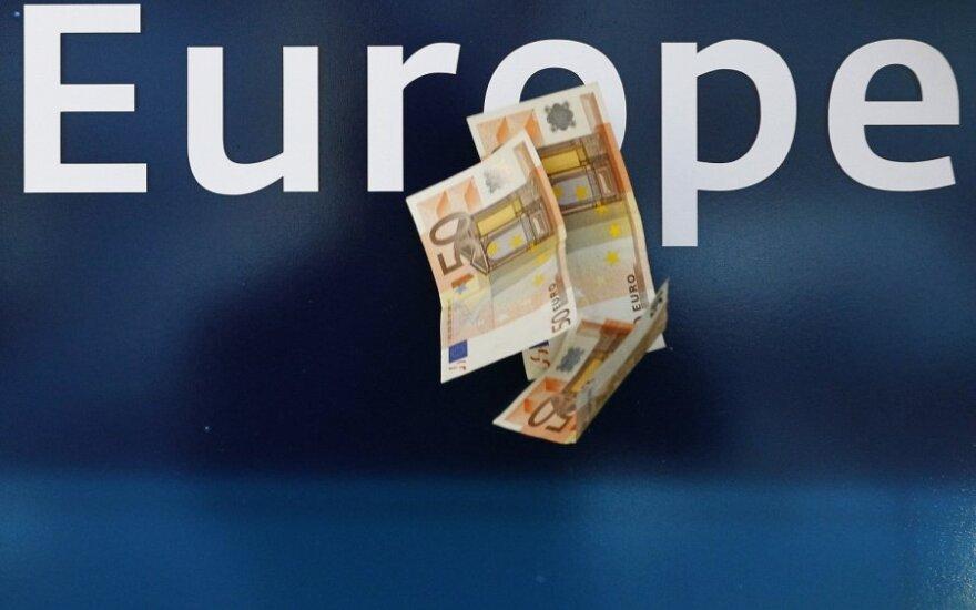 Lapkritį euro zonos užsienio prekybos perteklius siekė 6,9 mlrd. eurų, o ES užsienio prekybos deficitas - 7,2 mlrd. eurų