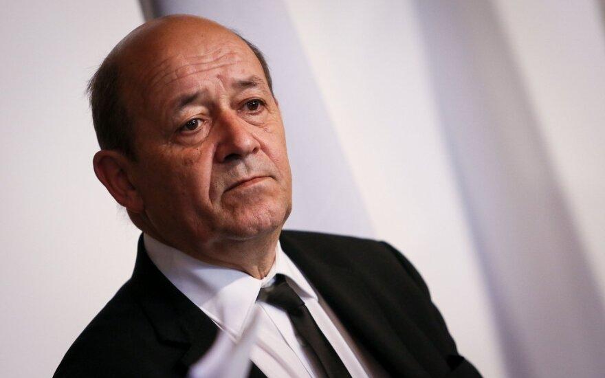Prancūzų diplomatijos vadovas: po operacijos Idlibe teroristai gali pasklisti po užsienį