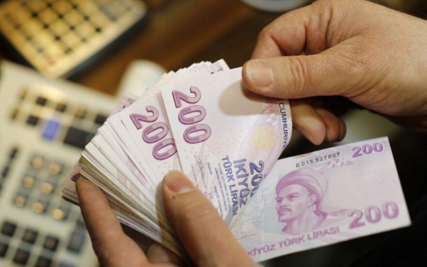 Reitingų agentūra: Europos bankai įveiks krizės Turkijoje padarinius