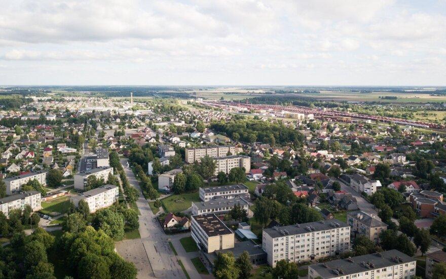 Radviliškyje – sparčiai blogėjanti padėtis: mieste gyvenimas keičiasi iš esmės, įspėja išvažiuojančius iš šio miesto
