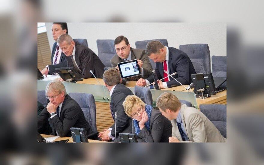 Ministrų kabinete - penki milijonieriai