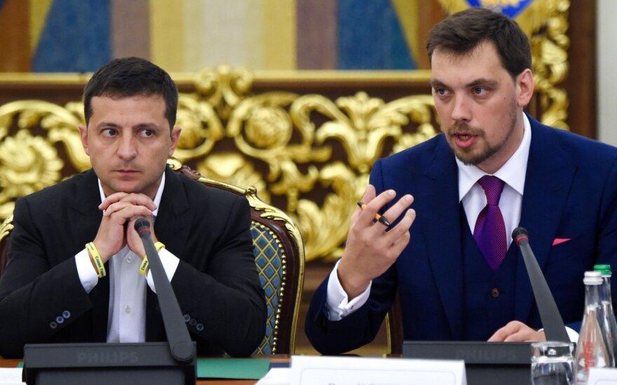 Volodymyras Zelenskis, Oleksijus Hončarukas