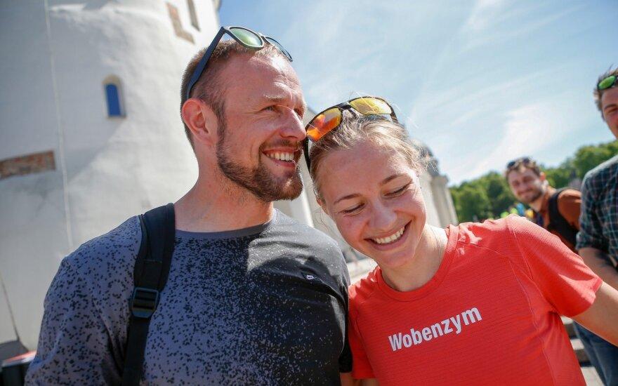 Olimpiečiai žengia bendro gyvenimo keliu – maratonininkė baidarininkui neša sėkmę