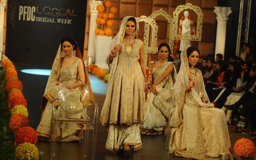 Reama Malik, vestuvinių drabužių mados savaitė Pakistane