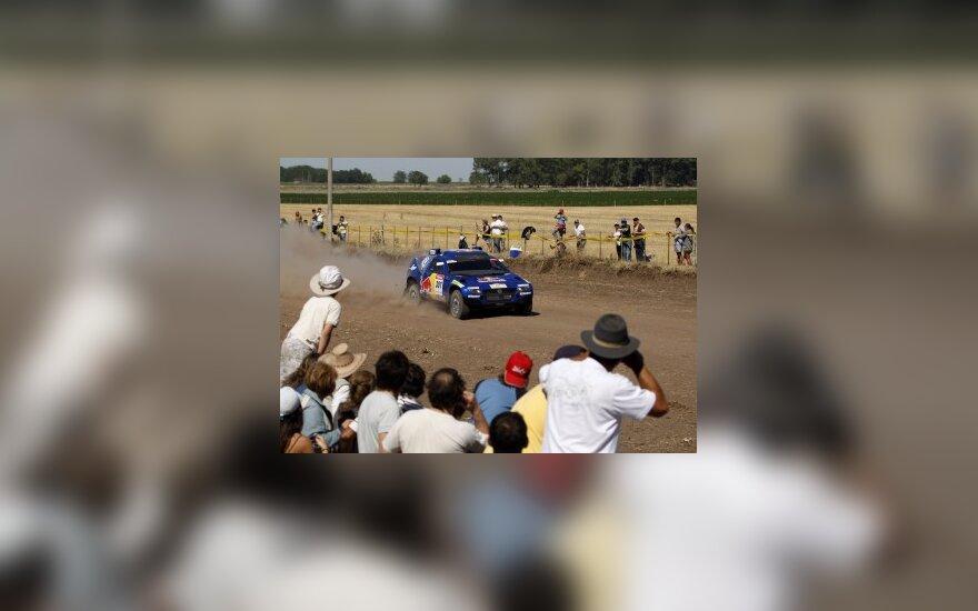 C.Sainzas nugalėjo antrajame Dakaro ralio etape ir bendroje įskaitoje tapo lyderiu