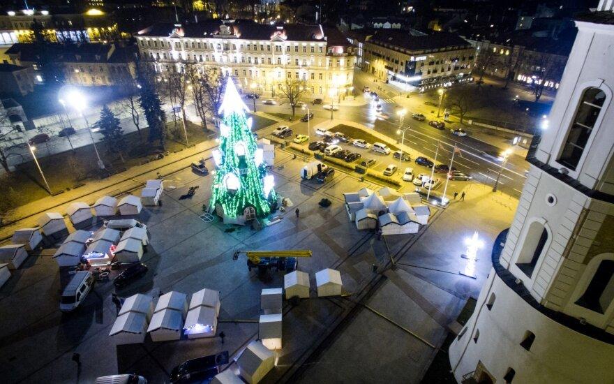 Jau pabandė įžiebti Vilniaus eglutę: pirmieji pamatykite, kokiu grožiu sostinė stebins šiemet