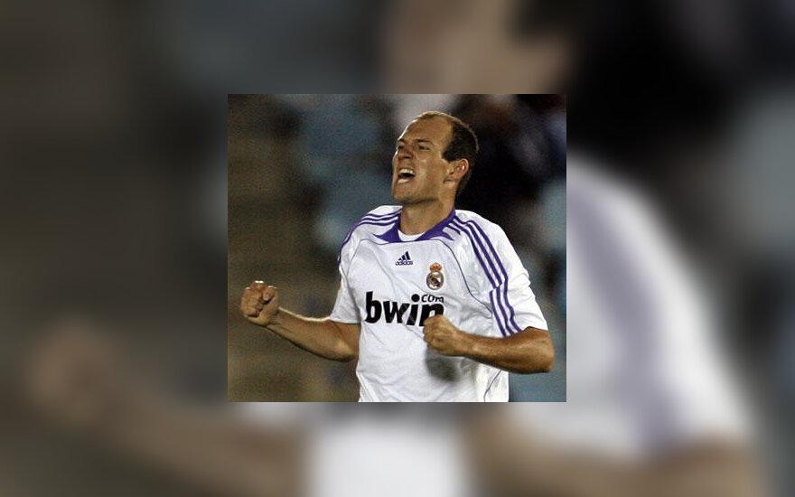 "Arjenas Robbenas (""Real Madrid"")"